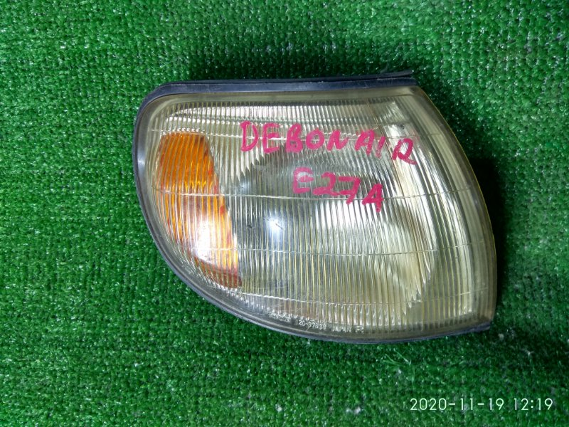 Фонарь габаритный Mitsubishi Debonair S27A 6G74 правый 120-37838