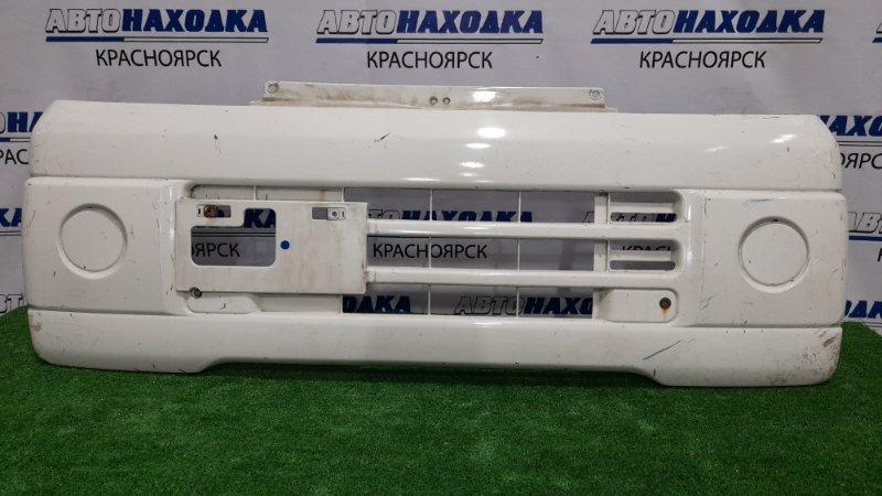 Бампер Mitsubishi Minicab U61V 3G83 2000 передний передний, пошоркан, дефект креплений.