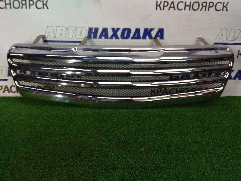 Решетка радиатора Nissan Qashqai J10 MR20DE 2007 передняя хромированная, 1 модель, неоригинал,