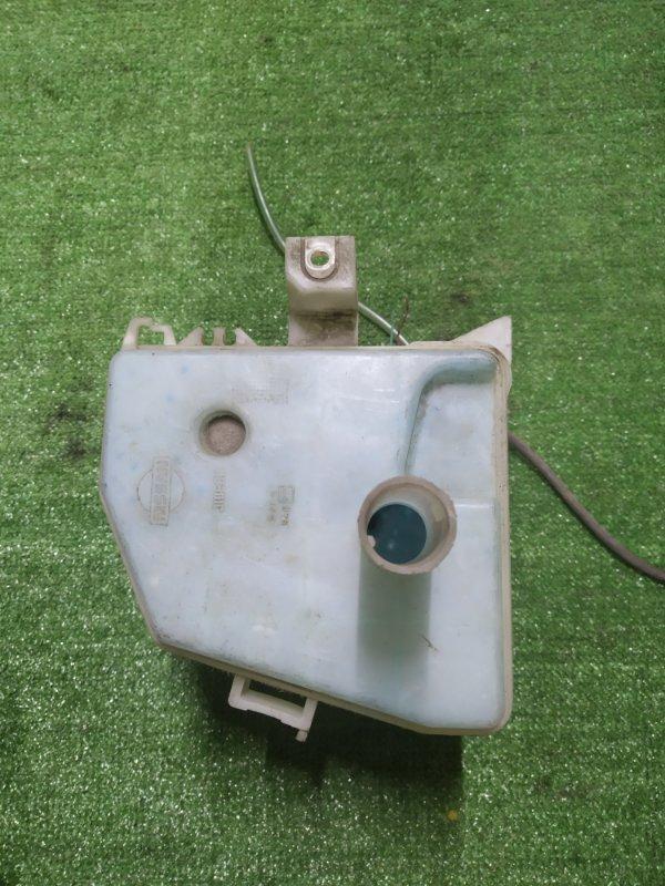 Бачок омывателя Nissan Wingroad WFNY10 GA15DE ---- +2 МОТОРА