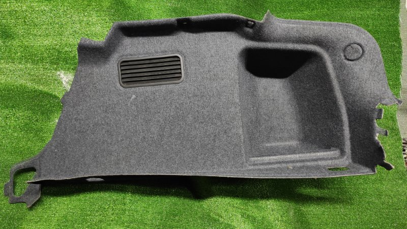 Обшивка багажника Audi A4 8E5 правая СЕДАН