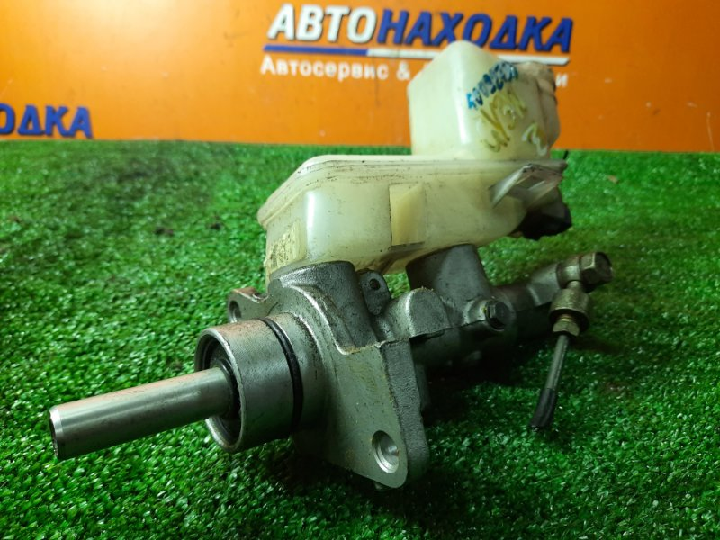 Главный тормозной цилиндр Mazda Atenza Sport GY3W L3-VE БЕЗ ВАКУУМНИКА