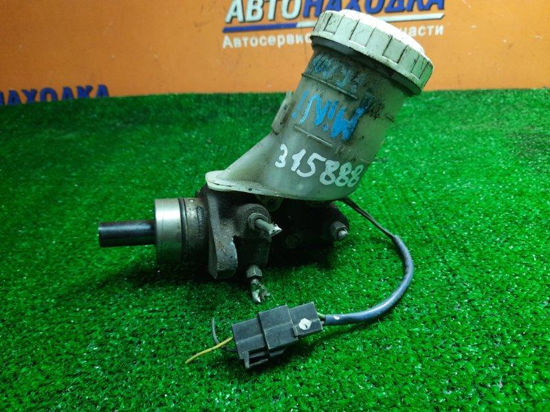Главный тормозной цилиндр Mitsubishi Pajero Junior H57A 4A30 3-И ТРУБКИ. 7/8