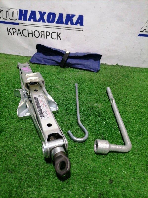 Домкрат Honda Cr-V RE3 K24A 2006 Грузоподъемность 1350 кг с ручкой, ключом на 19