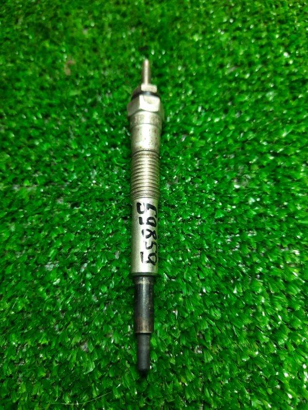 Свеча накаливания Toyota Hiace KZH100G 1KZ-TE 19850-67030 ND 0200 11V 5R
