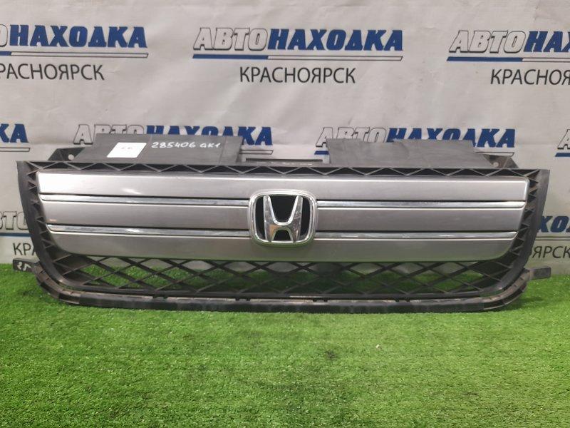 Решетка радиатора Honda Mobilio Spike GK1 L15A 2005 2-й рестайлинг, 71121-SEY-903, потёртости, царапины