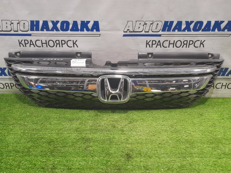 Решетка радиатора Honda Odyssey RB1 K24A 2006 рестайлинг, незначительные потёртости