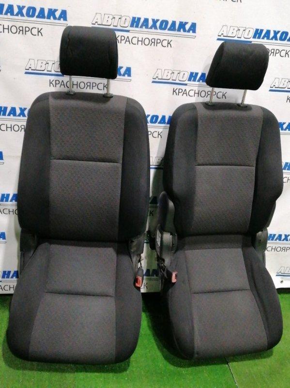 Сиденья Toyota Corolla Runx NZE121 1NZ-FE 2002 передняя передние, черная ткань, механические