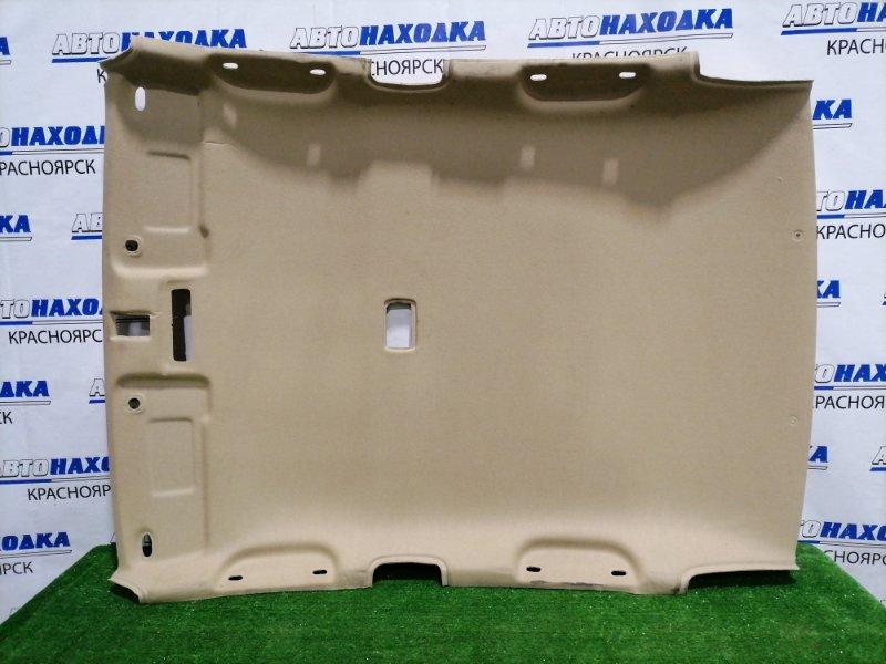 Обшивка крыши Honda Fit Aria GD8 L15A 2002 есть залом (см. фото).