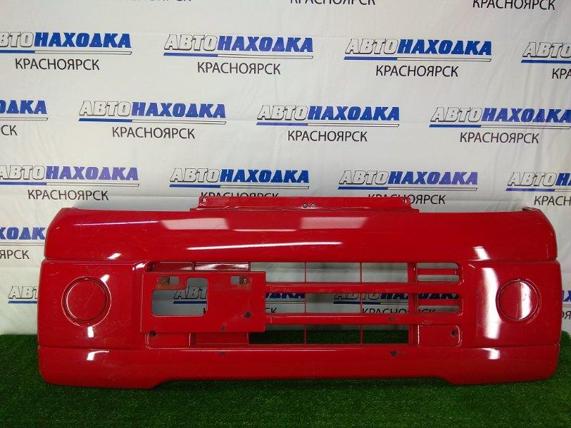 Бампер Nissan Clipper U71W 3G83 2003 передний передний, красный, царапинки, потертости