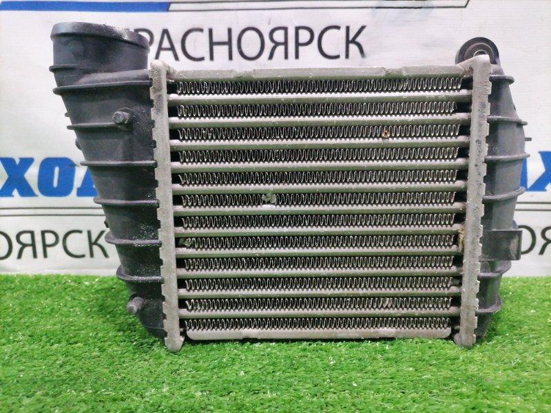 Радиатор интеркулера Audi Tt 8N3 AUQ 1998 С датчиком давления наддува 038906051