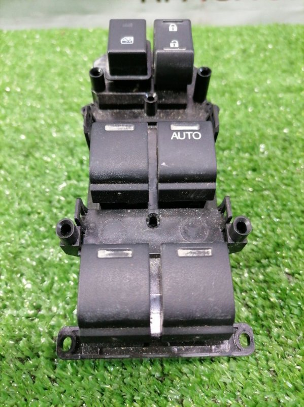 Блок управления стеклоподъемниками Honda Stepwgn RP3 L15B 2015 правый