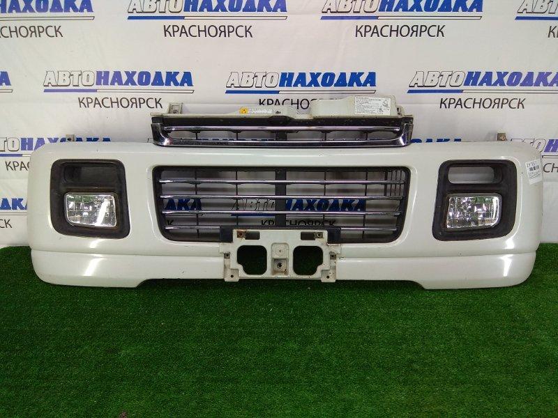 Бампер Suzuki Every DA62W K6AT 1999 передний Передний, белый перламутр, с туманками (114-32673),
