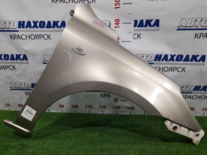 Крыло Mazda Demio DY3W ZJ-VE 2002 переднее правое Переднее правое, с поворотником, клипсой.