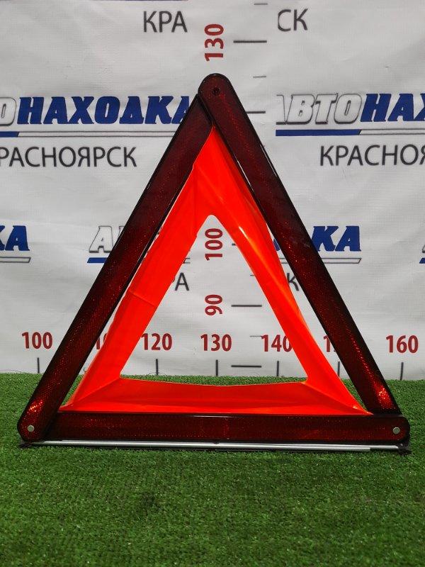 Знак аварийной остановки Mercedes-Benz B170 245.232 266.940 2005