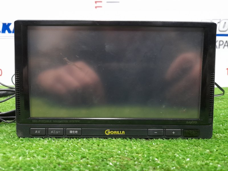 Монитор Bmw 320I E46 M54 B22 2001 NV-SD750FT SANYO GORILLA NV-SD750FT блоком питания, пультом д/у, проводкой.