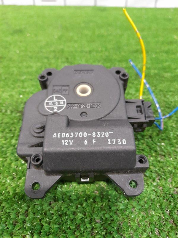Привод заслонок отопителя Toyota Ipsum ACM21W 2AZ-FE 2003 063700-8320 3 контакта.