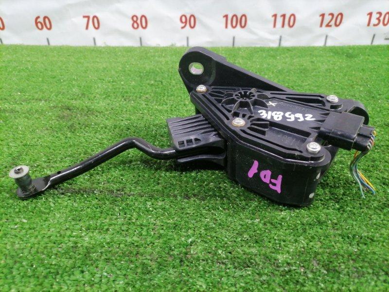 Педаль Honda Civic FD1 R18A 2005 газа, электронная, 6 контактов, с фишкой. Без накладки.