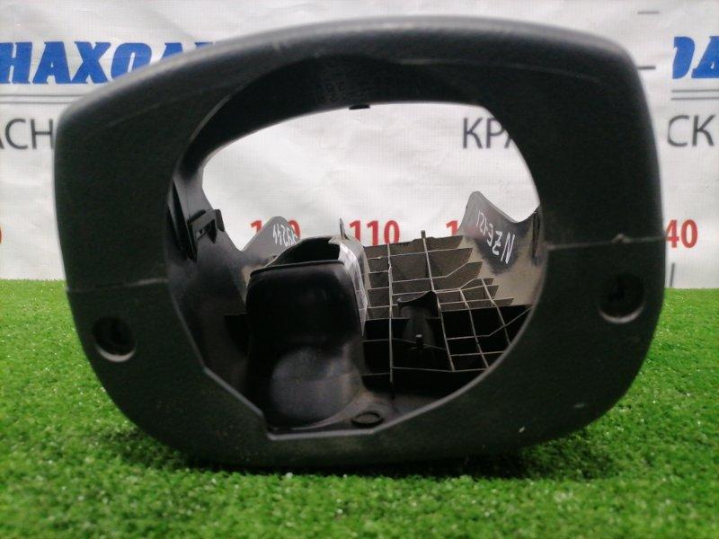 Кожух рулевой колонки Toyota Corolla Runx NZE121 1NZ-FE 2002