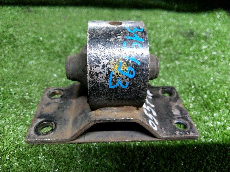 Подушка двигателя Toyota Town Ace Noah CR40 2C задняя 12303-64110 КПП