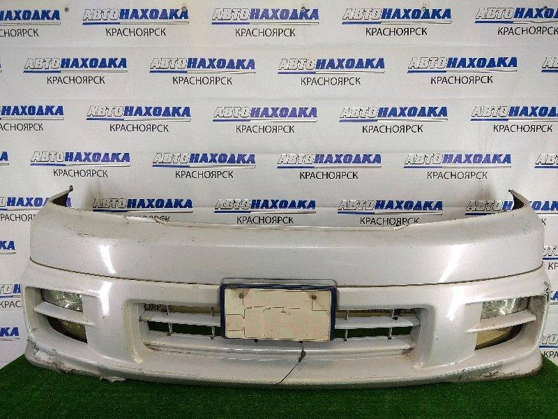 Бампер Toyota Grand Hiace VCH10W 5VZ-FE 1999 передний передний, белый перламутр, с накладкой, с