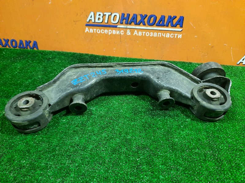 Подушка редуктора Toyota Premio ZZT245 1ZZ-FE задняя 52380-32020