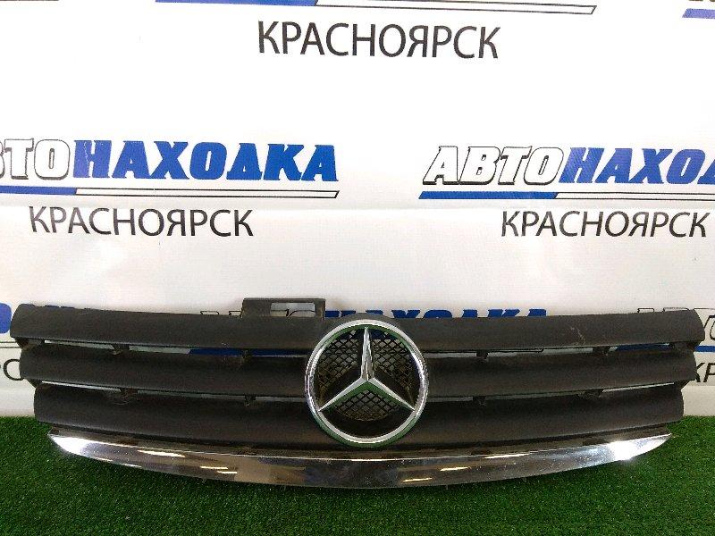 Решетка радиатора Mercedes-Benz A170 W169 M26E15 2004 передняя 1 модель (дорестайлинг), небольшие