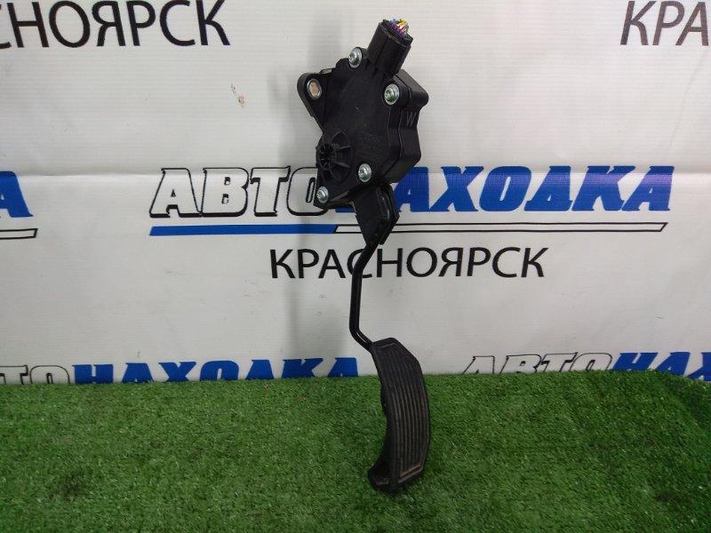 Педаль Toyota Prius ZVW30 2ZR-FXE 2009 газа, электронная, 7 контактов, с фишкой