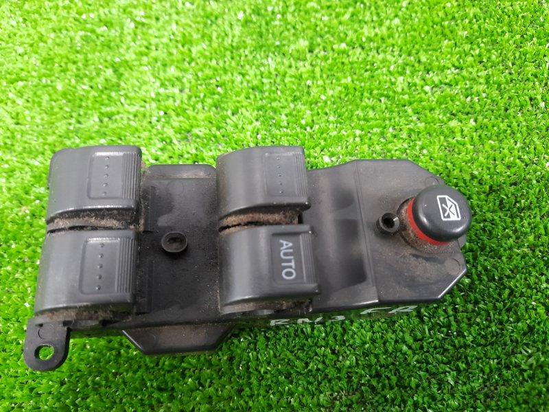 Блок управления стеклоподъемниками Honda Stream RN1 D`17A 2000 передний правый