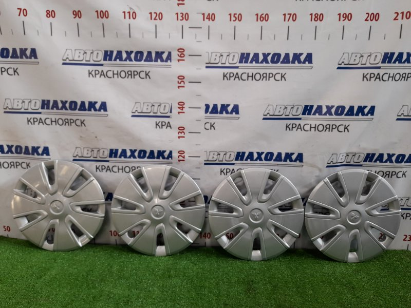 Колпаки колесные Mitsubishi Delica D:2 MB15S K12B 2011 оригинал, R14, комплект 4 шт., состояние новых.