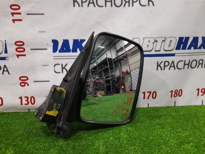Зеркало Nissan Caravan VPE25 KA20DE 2001 переднее правое Правое, механическое.