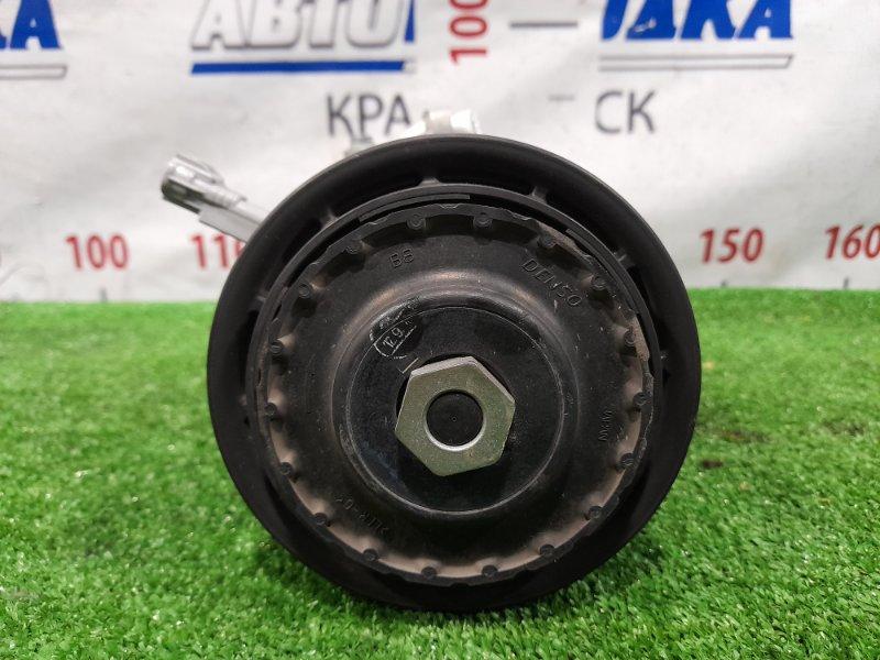 Компрессор кондиционера Toyota Spade NCP141 1NZ-FE 2012 447260-4201