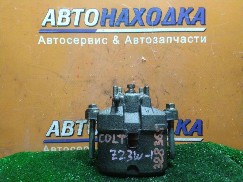 Суппорт Mitsubishi Colt Plus Z23W 4A91 2005 передний правый 94511515