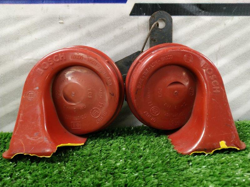 Сигнал Opel Corsa C Z14XE 70/3881157 рожки BOSCH , пара, высокий и низкий тон, *** на обоих сколы