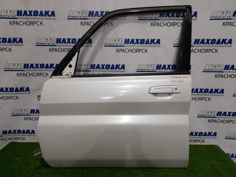 Дверь Mitsubishi Pajero Io H76W 4G93 1998 передняя левая передняя левая, в сборе, цвет W75. Есть дефект