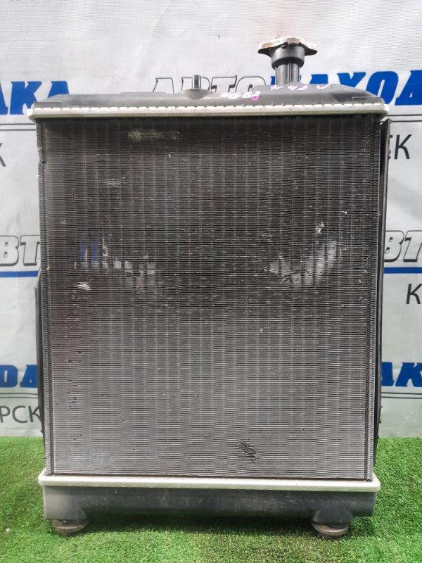Радиатор двигателя Mitsubishi Minica H42V 3G83 1998 в сборе с диффузором и вентилятором, под