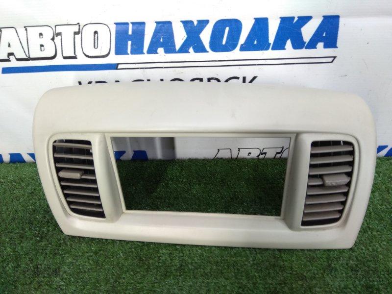 Консоль магнитофона Nissan Moco MG21S K6A 2002 Под 2 din. С дефлекторами обдува.