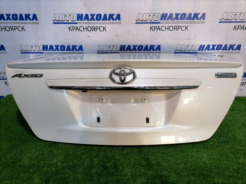 Крышка багажника Toyota Corolla Axio NZE141 1NZ-FE 2006 задняя В сборе, с спойлером, камерой заднего