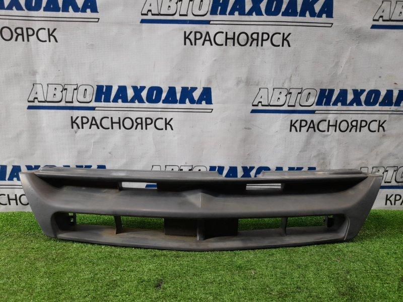 Решетка радиатора Nissan Ad VFY11 QG15DE 1999 дорестайлинг, некрашенная
