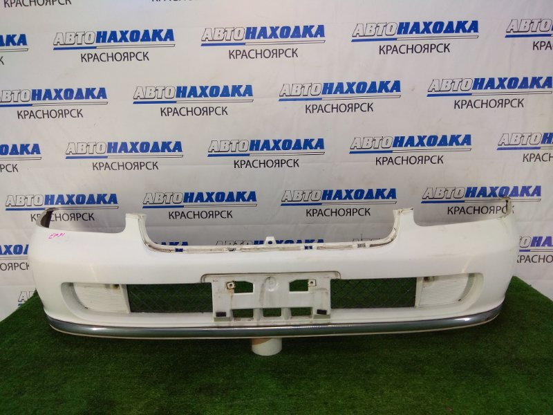 Бампер Toyota Starlet EP91 4E-FE 1997 передний передний, белый (040), комплектация CARAT, потертости по