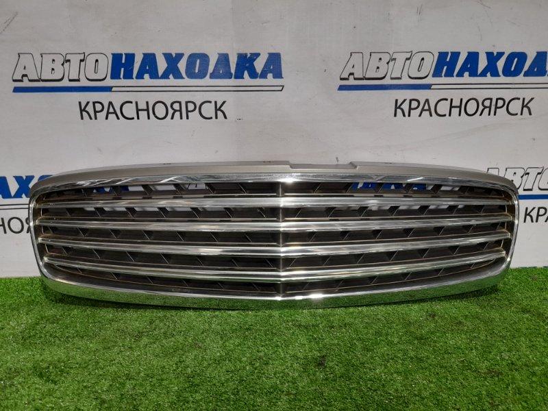 Решетка радиатора Nissan Cima GF50 VK45DD 2003 передняя 2 модель , *** Дефект нижнего крепления.