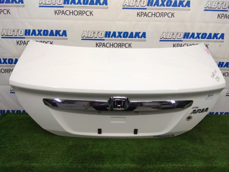 Крышка багажника Honda Fit Aria GD8 L15A 2002 задняя В ХТС, белая (NH578), дорестайлинг, без личинки