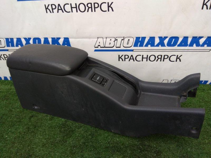 Подлокотник Toyota Corona Exiv ST182 3S-FE 1991 Бардачок - подлокотник между передних сидений,