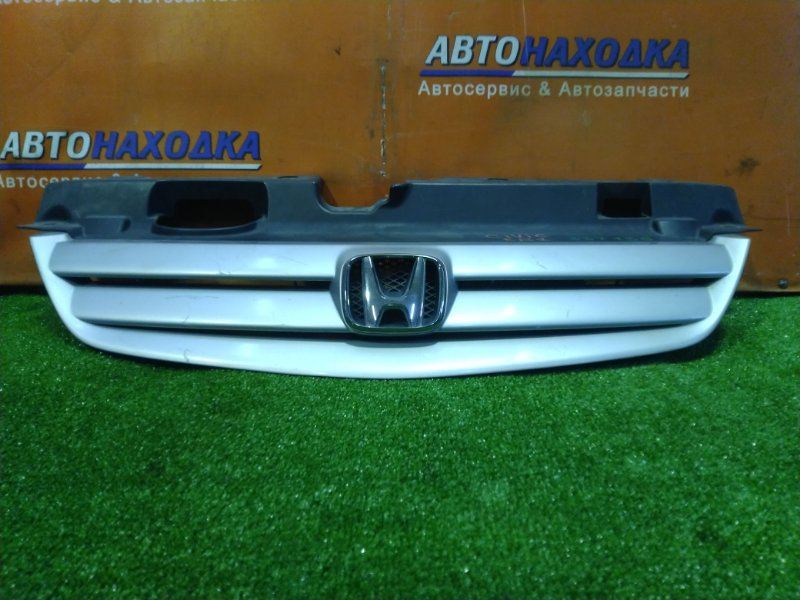Решетка радиатора Honda Civic Ferio ES1 D15B 71122-S5A-0030