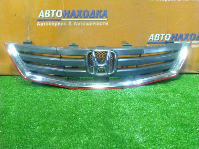 Решетка радиатора Honda Edix BE8 K24A передняя