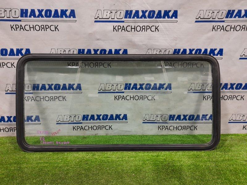 Стекло боковое Mazda Bongo SKF2V RF-T 1999 заднее правое среднее правое, в кузов, с