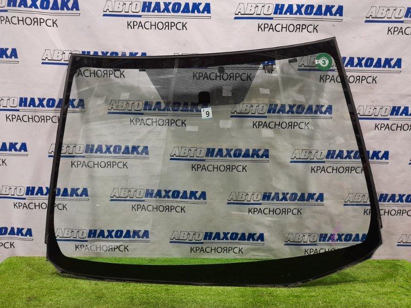 Стекло лобовое Toyota Aqua NHP10 1NZ-FXE 2011 Оригинальное стекло без сколов и трещин. Есть