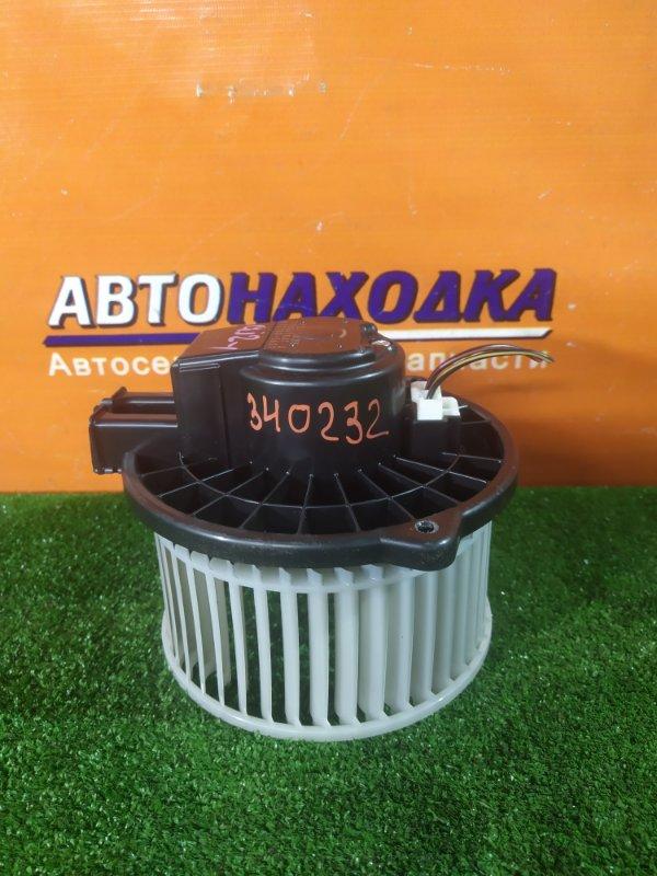 Мотор печки Subaru Impreza GJ2 FB16 02.2012 872700-5630
