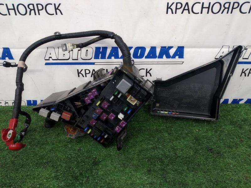 Блок предохранителей Subaru Impreza GJ6 FB20 2011 подкапотный