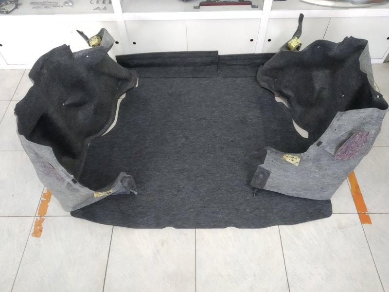 Обшивка багажника Honda Fit Aria GD8 L15A 2002 комплект : 2 боковушки + коврик
